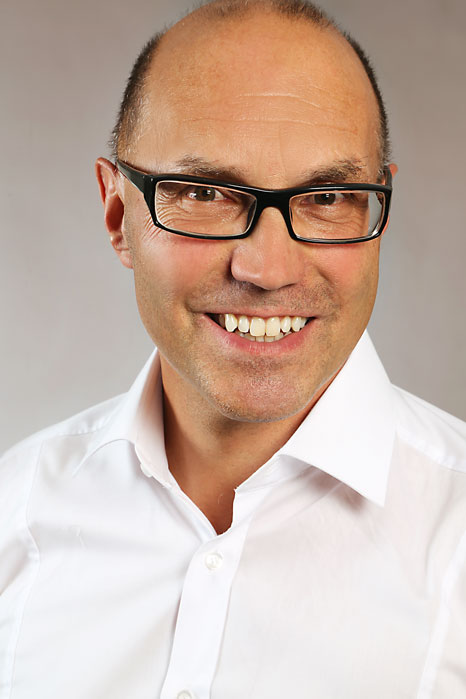 Jürg Willi Zahnarzt/Praxisinhaber - J.Willi